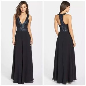 DRESS THE POPULATION Delani Maxi Gown XS